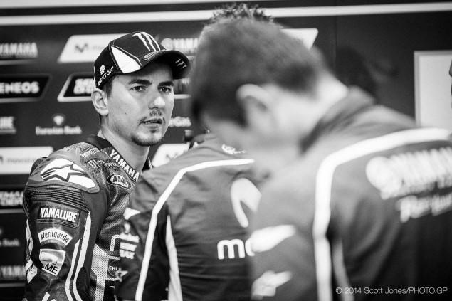 2014-Qatar-GP-MotoGP-Saturday-Scott-Jones-14