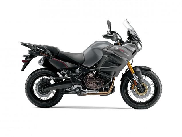 2014-Yamaha-Super-Tenere-ES-27
