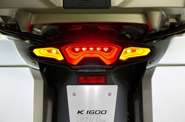 BMW-OLED-lights-01