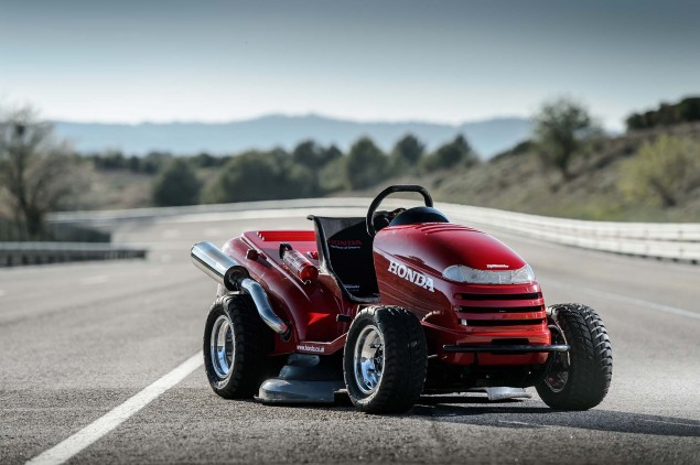 Honda-HF2620-Mean-Mower-lawnmower-land-speed-record-01