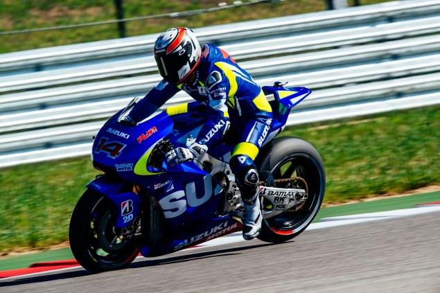 Kevin-Schwantz-Randy-de-Puniet-Suzuki-XRH-1-MotoGP-COTA-test-13