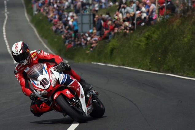 2014-Isle-of-Man-TT-Creg-ny-Baa-Richard-Mushet-12