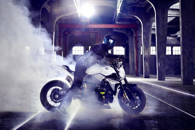 BMW-Concept-Roadster-studio-08