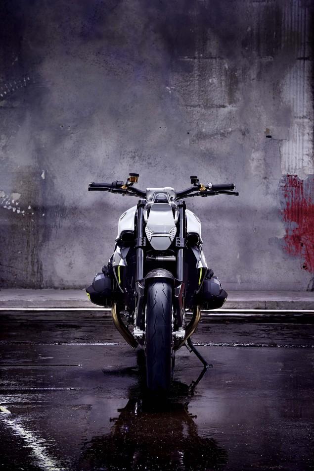 BMW-Concept-Roadster-studio-18
