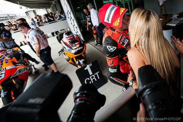 Colin-Edwards-NGM-Forward-Racing-Kawasaki-FTR-MotoGP-race-bike-Scott-Jones-03
