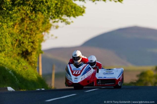Cronk-y-Voddy-Straight-Isle-of-Man-TT-2014-Tony-Goldsmith-10