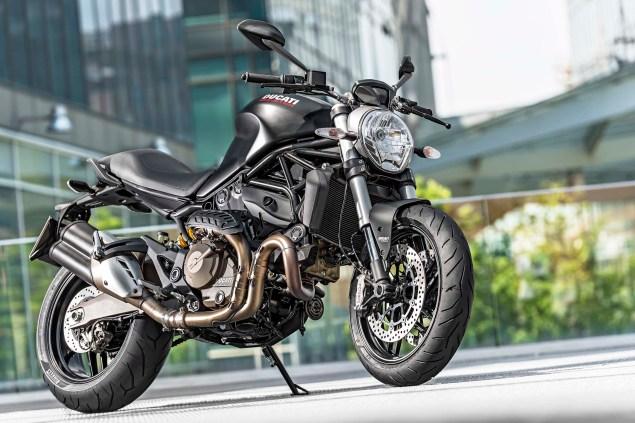 Ducati-Monster-821-01