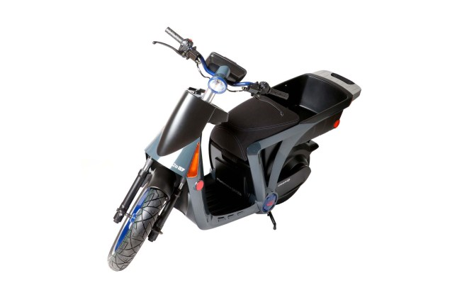 Mahindra-GenZe-electric-scooter-01