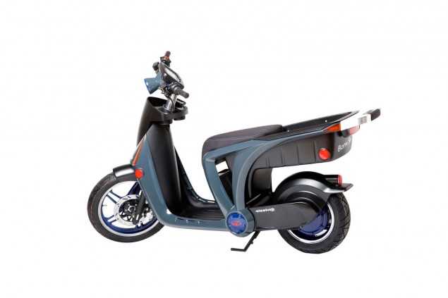 Mahindra-GenZe-electric-scooter-02