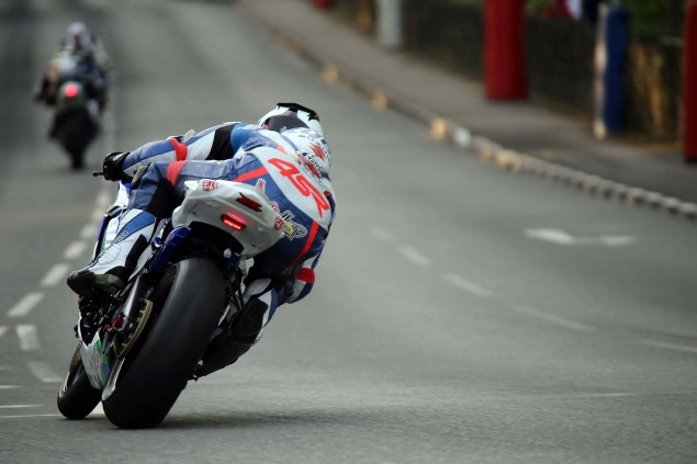 Quarterbridge-Isle-of-Man-TT-2014-Richard-Mushet-10