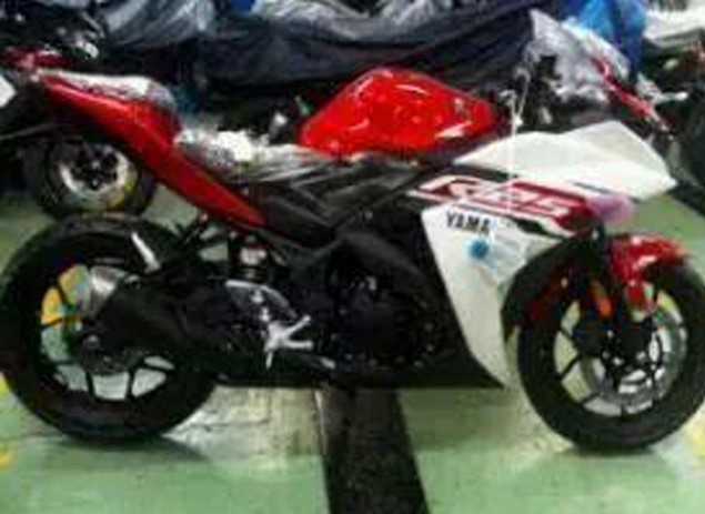 yamaha-yzf-r25-low-res