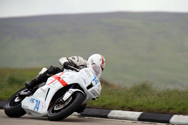 2014-Isle-of-Man-TT-Bungalow-Richard-Mushet-10