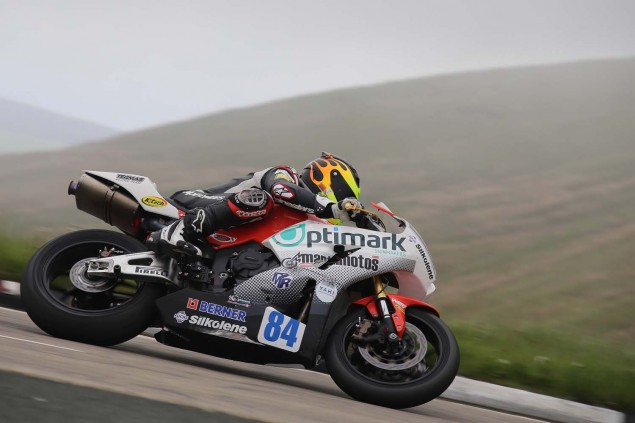 2014-Isle-of-Man-TT-Bungalow-Richard-Mushet-19