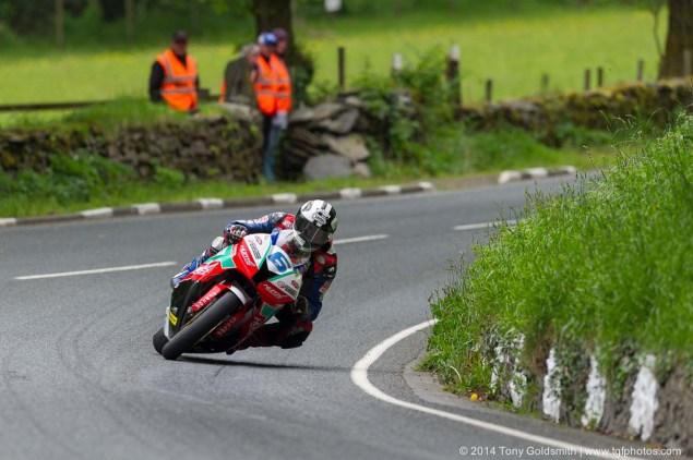 2014-Isle-of-Man-TT-Glen-Helen-Tony-Goldsmith-58