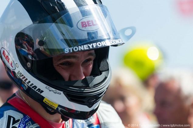 2014-Isle-of-Man-TT-Grandstand-Tony-Goldsmith-04