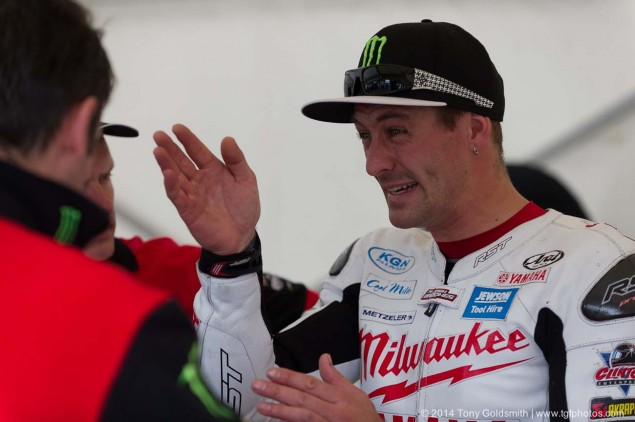 2014-Isle-of-Man-TT-Grandstand-Tony-Goldsmith-08