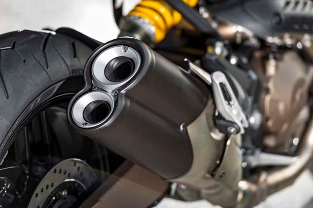 2015-Ducati-Monster-821-21