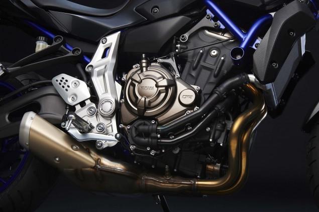 2015-Yamaha-FZ-07-details-04