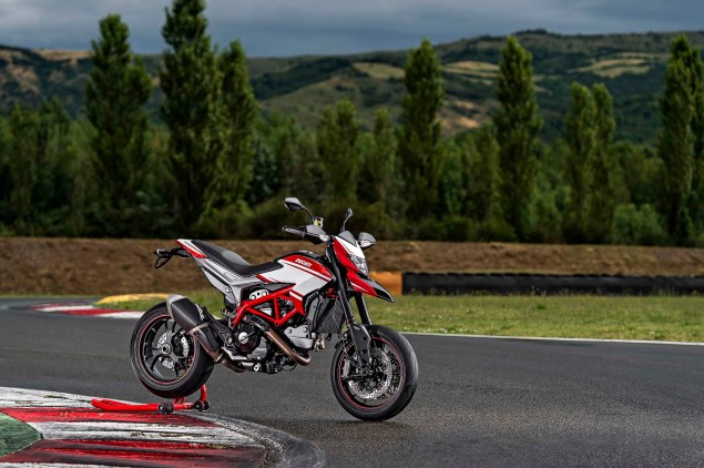 2015-Ducati-Hypermotard-SP-01