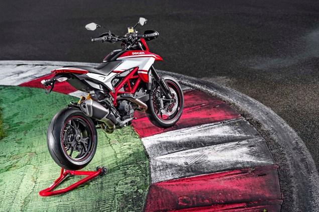 2015-Ducati-Hypermotard-SP-02