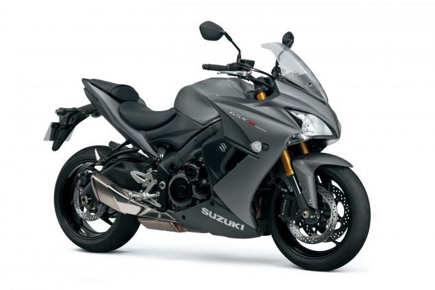 2015-Suzuki-GSX-S1000F-04