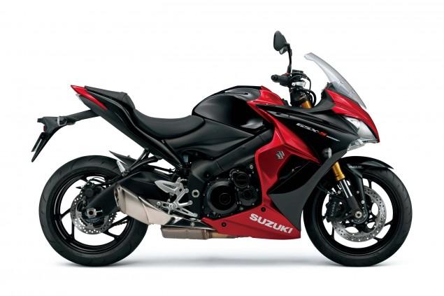 2015-Suzuki-GSX-S1000F-06