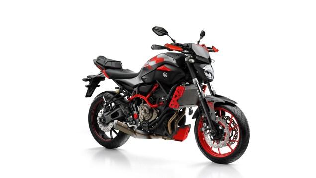 2015-Yamaha-MT-07-Moto-Cage-32.jpg?resize=635%2C357