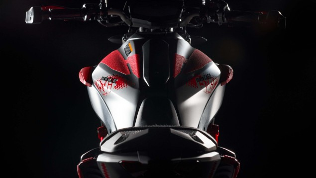 2015-Yamaha-MT-07-Moto-Cage-38