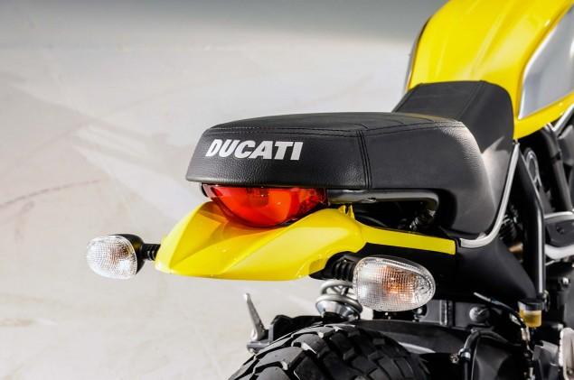 Ducati-Scrambler-up-close-04