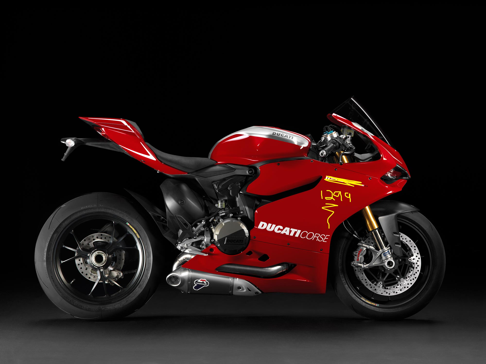 Ducati Panigale 1200cc >> Ducati Owners: You Are Not Ready for the 1299 Superbike ...