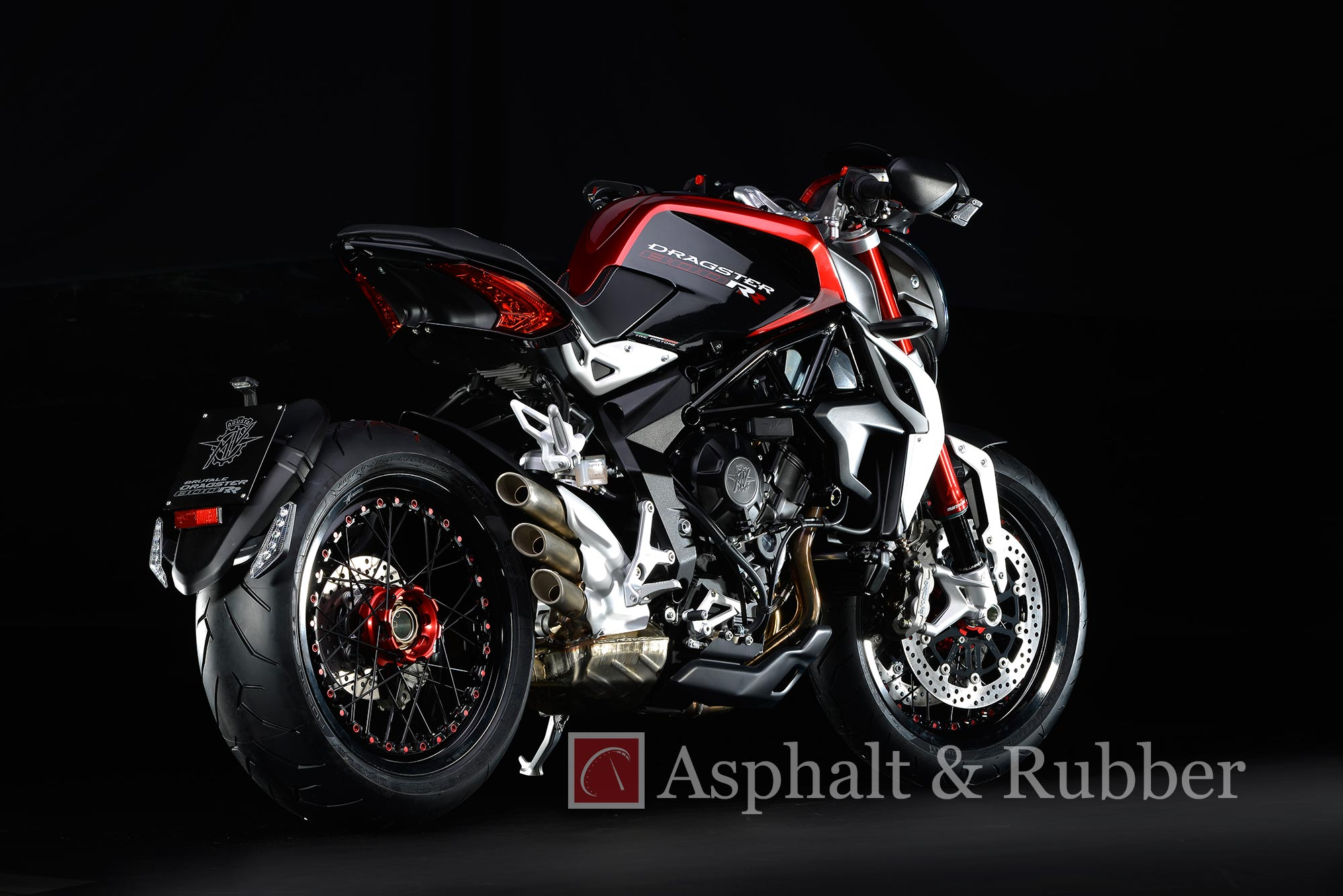 leaked: first photos of the mv agusta dragster rr - asphalt & rubber
