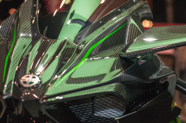 kawasaki-ninja-h2r-up-close-3