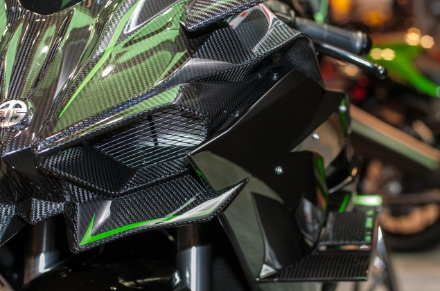 kawasaki-ninja-h2r-up-close-4