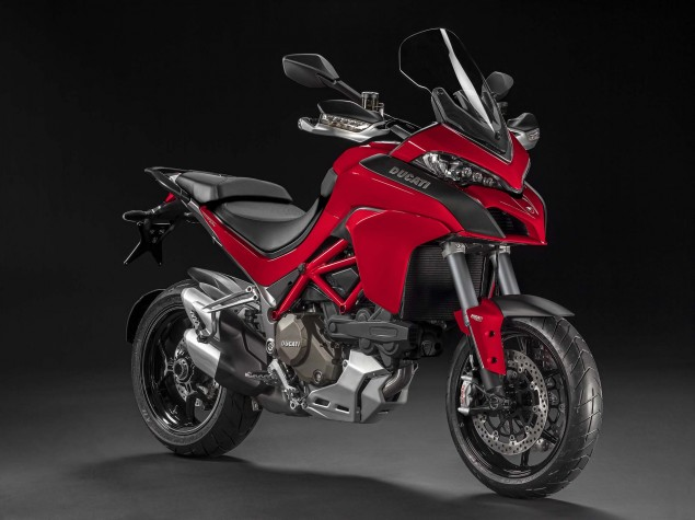 2015-Ducati-Multistrada-1200-02