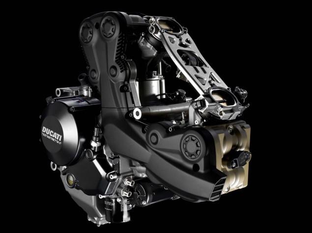 2015-Ducati-Streetfighter-848-03