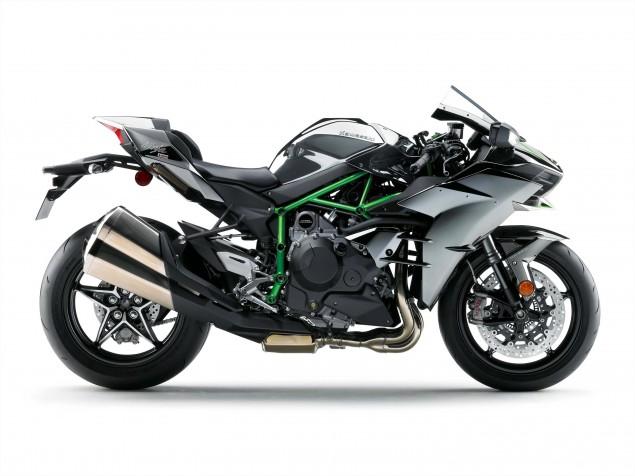2015-Kawasaki-Ninja-H2-34