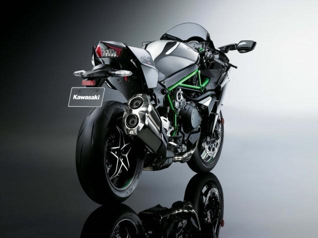 2015-Kawasaki-Ninja-H2-40