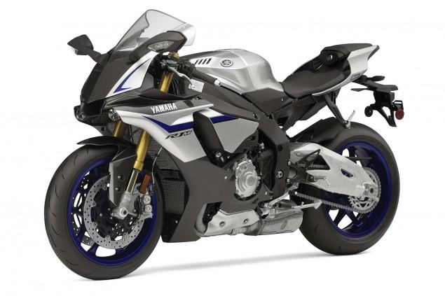 2015-Yamaha-YZF-R1M-03
