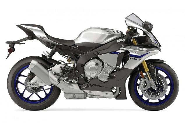 2015-Yamaha-YZF-R1M-35