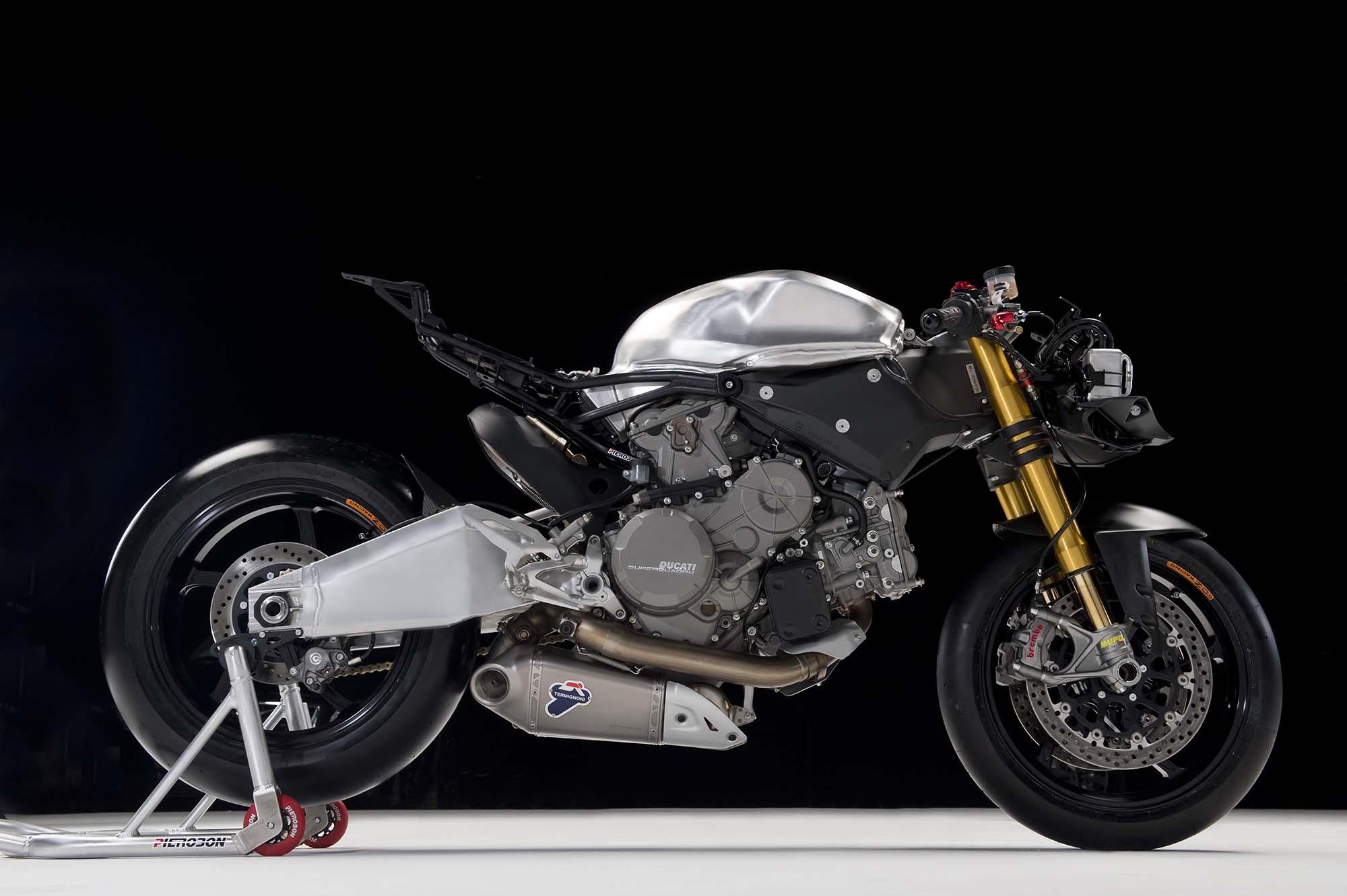 Pierobons Take On The Ducati 899 Panigale - Asphalt  Rubber-3962
