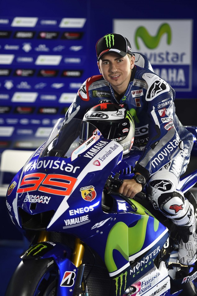 2015-Yamaha-Racing-Jorge-Lorenzo-25