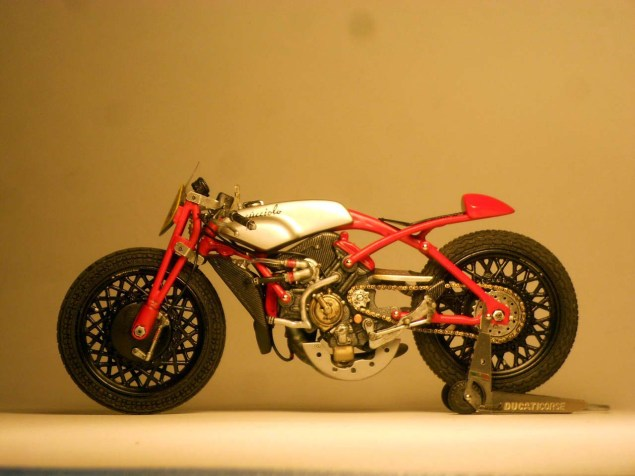 Ducati-Desmosedici-Cucciolo-Concept-Alex-Garoli-18