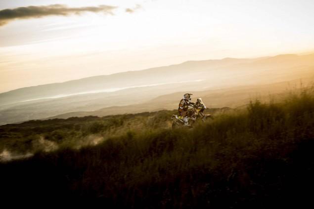 Marc-Coma-2015-Dakar-Rally-KTM-24