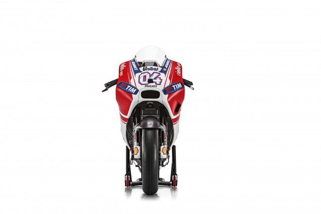 2015-Ducati-Desmosedici-GP15-MotoGP-Andrea-Dovizioso-16