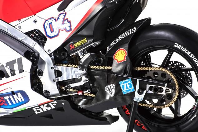 2015-Ducati-Desmosedici-GP15-MotoGP-Andrea-Iannone-05