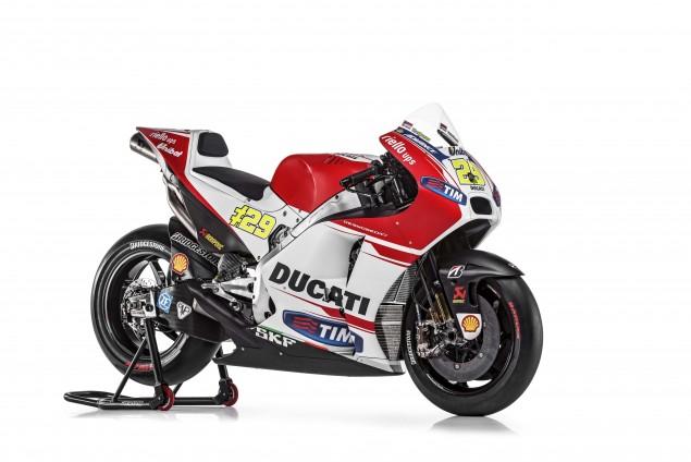 2015-Ducati-Desmosedici-GP15-MotoGP-Andrea-Iannone-07
