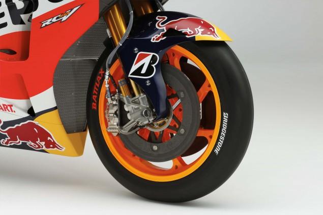2015-Honda-RC213V-Dani-Pedrosa-HRC-huge-04