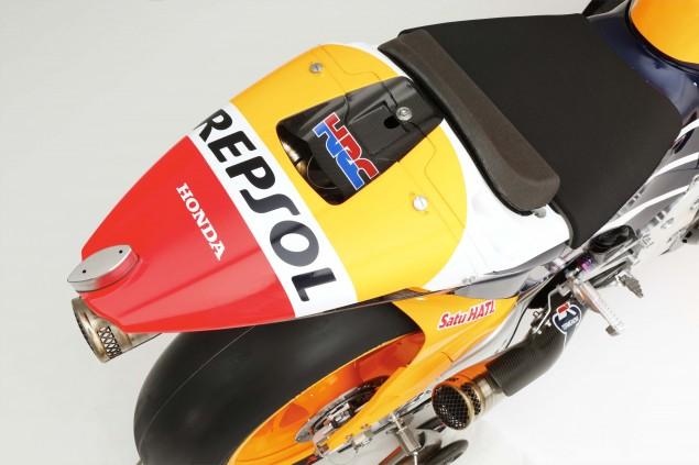 2015-Honda-RC213V-Dani-Pedrosa-HRC-huge-10
