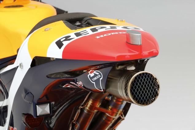 2015-Honda-RC213V-Marc-Marquez-HRC-huge-01