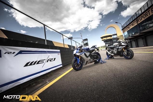 2015-Yamaha-YZF-R1-R1M